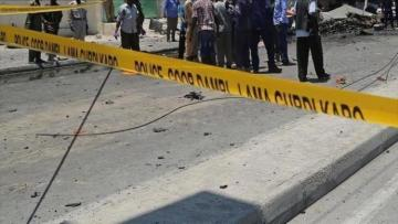 Roadside blast kills 5 in Somalia