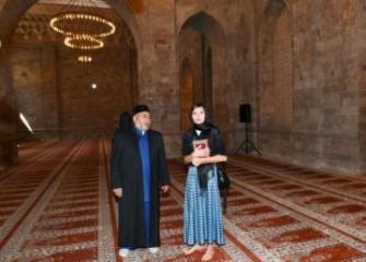 First Vice-President Mehriban Aliyeva visited Shamakhi Juma Mosque
