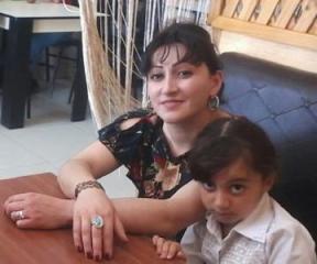 Qusarda 32 yaşlı qadın azyaşlı qızı ilə birlikdə itkin düşüb