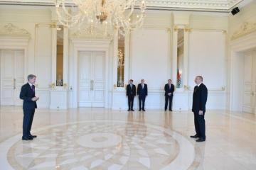 President Ilham Aliyev receives credentials of incoming UK ambassador - [color=red]UPDATED[/color]