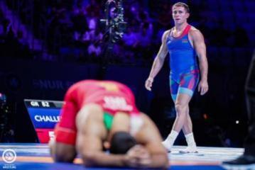 Азербайджанский борец проиграл в финале ЧМ