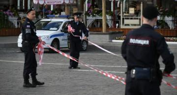 1 policemen killed, another injured while detaining fellow officer in Moscow