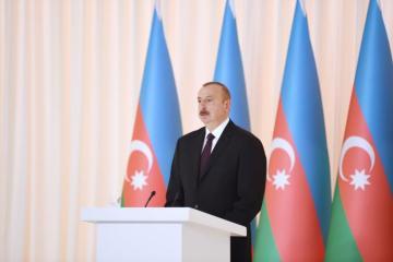 Президент Ильхам Алиев принимает участие в мероприятии по случаю 25-летия «Контракта века» и Дня нефтяников