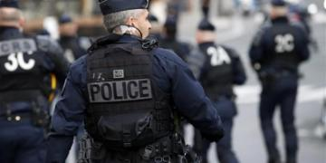 Shooter opens fire from his apartment in Lyon, France