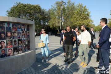 Photo exhibition highlighting Azerbaijan's multicultural values opened at Baku Seaside Boulevard