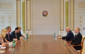 Prezident İlham Əliyev Beynəlxalq Maliyyə Korporasiyasının vitse-prezidentini qəbul edib