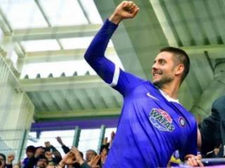 Хавбек сборной Азербайджана оформил дубль в чемпионате Германии