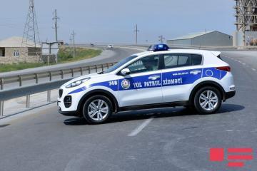 Yol Polisi: Xüsusi karantin rejimini pozan 348 avtomobil saxlanılıb, 3 nəfər məsuliyyətə cəlb edilib