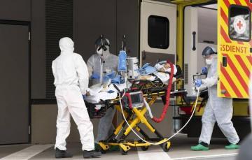 В Италии общее число жертв коронавируса превысило 13 тысяч