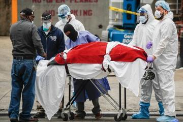 В Италии за сутки от коронавируса умерли 766 человек