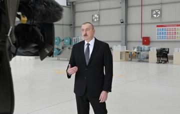 Президент: Азербайджан будет финансировать 600 тысяч работников, в том числе частных предпринимателей, за счет государства
