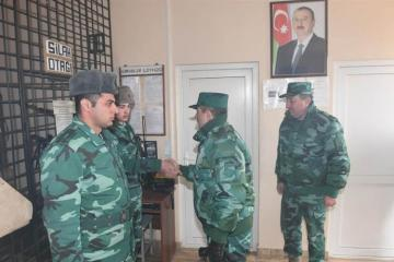 Azerbaijan's SBS Chairman meet with border guards, serving in combat points