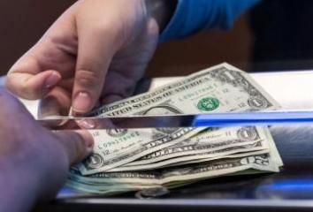 ВОЗ опровергла сообщения об опасности наличных денег в связи с коронавирусом