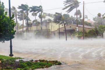 В результате торнадо на юге США погибли 26 человек - [color=red]ВИДЕО[/color]