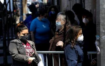 Coronavirus death toll in US surpasses 30,000