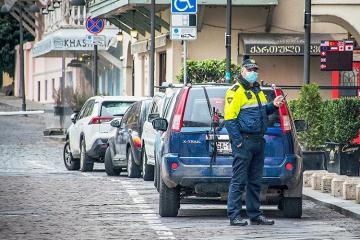Gürcüstanda aprelin 17-dən minik avtomobillərinin hərəkəti qadağan edilir