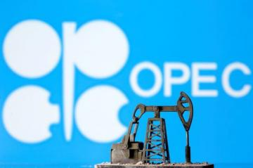 Some OPEC ministers discuss implementing agreed oil cuts immediately