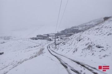 В северном регионе выпал снег, температура опустилась до 4 градусов мороза