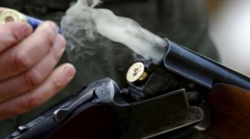 В Газахе мужчина застрелил 43-летнюю жену