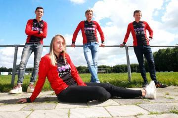 Niderlandda qadınlara kişilərdən ibarət komandalarda oynamağa icazə verilib