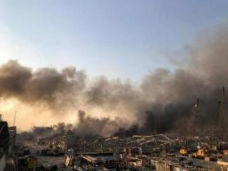 Семья и советники премьера Ливана пострадали при взрыве в Бейруте