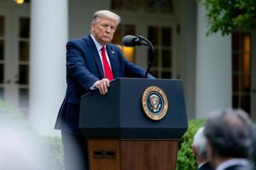 Трамп заявил, что Россия не хочет его переизбрания