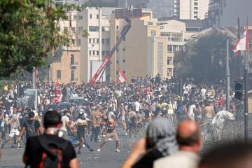 Силовики установили контроль над центром Бейрута