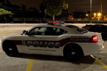 ABŞ-da atışma zamanı 3 polis əməkdaşı yaralanıb