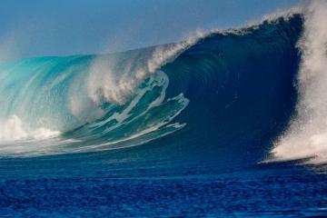 [color=red]FAKTİKİ HAVA[/color]: Xəzərdə dalğanın hündürlüyü 4.8 metrə çatıb