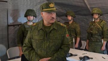 Лукашенко: Войска НАТО подошли к белорусским границам