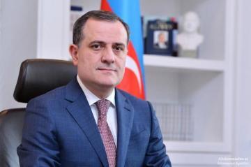 Глава МИД Азербайджана: Армянская сторона пытается затянуть переговорный процесс