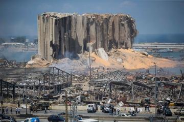 В порту Бейрута обнаружили 79 контейнеров со взрывоопасными химикатами