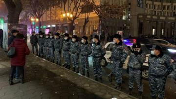 В Ереване задержаны 35 оппозиционеров, требовавших отставки Пашиняна
