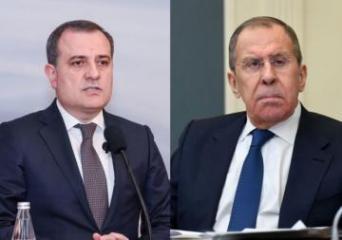 Главы МИД Азербайджана и России обсудили ход выполнения заявления по Карабаху
