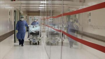 В Турции за сутки от коронавируса скончались еще 187 пациентов