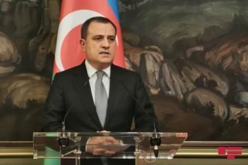 Глава МИД Азербайджана посетит Иран