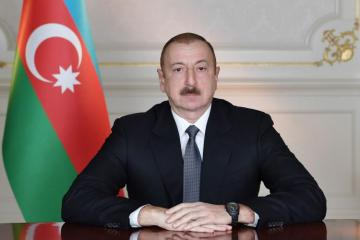 Президент Ильхам Алиев наградил группу военнослужащих Вооруженных сил