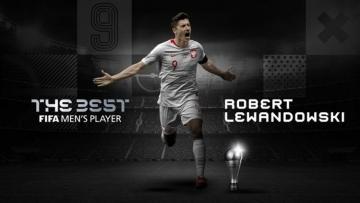 Роберт Левандовски признан футболистом года по версии ФИФА