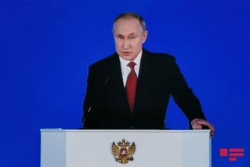 Путин подписал закон о праве экс-президента быть пожизненным сенатором