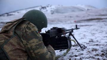 Подразделения Азербайджанской Армии выполняют боевые стрельбы - [color=red]ФОТО[/color] - [color=red]ВИДЕО[/color]