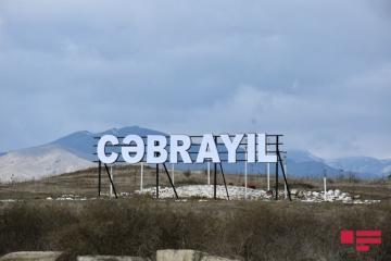 Следы армянского вандализма в Джабраиле, миф о разгромленной нашей армией «линии Оганяна» - [color=red]РЕПОРТАЖ - ФОТО[/color]