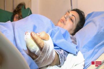 В Азербайджане соседи спасли женщину, которую хотел убить родственник