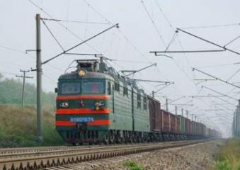 Грузовой поезд Баку-Ростов насмерть сбил женщину в наушниках