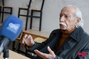 """Heykəltəraş Arif Qazıyev: """"Bakıdakı heykəllər düzgün qoyulmayıb"""""""