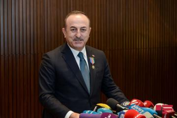 """Turkish Foreign Minister: """"We should work with Russia"""""""