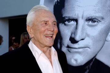 Звезда Голливуда Кирк Дуглас умер в возрасте 103 лет