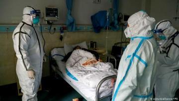 Число погибших от коронавируса в Китае выросло до 563 человек