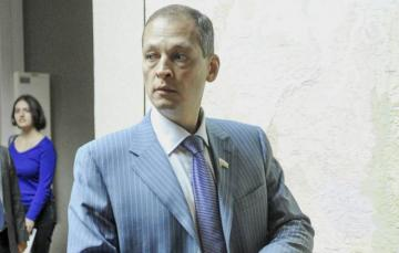 Rusiya Dövlət Dumasının deputatı vertolyot qəzasında ölüb
