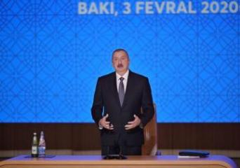 "The head of state: ""Construction of new roads in the suburban settlements of Baku will be of particular importance this year"""