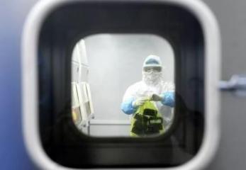 В Китае число жертв коронавируса выросло до 722 человек